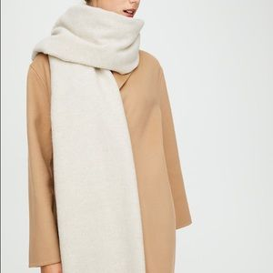 Wilfred Classic Cream Wool Scarf
